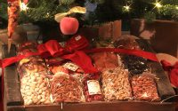 Christmas Gift Basket - Bella Viva Orchards - Dried Fruit & Nuts